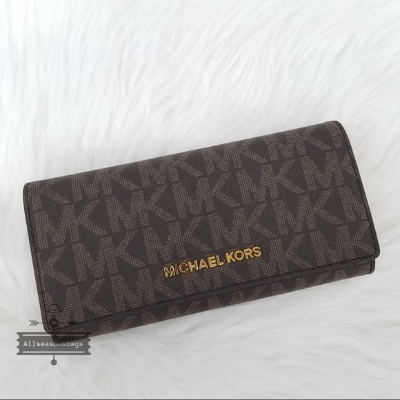 2c736c3dc2cb Michael Kors Bags | Jet Set Travel Carryall Brown Wallet | Poshmark